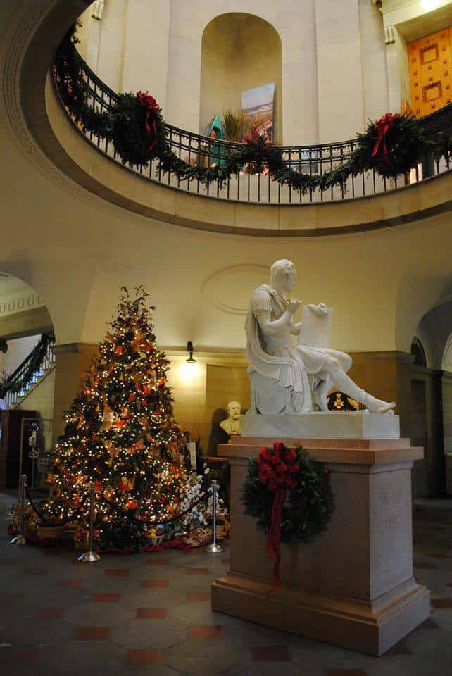 Holiday Open House At Capitol Triangle On The Cheap