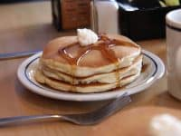 free pancakes ihop